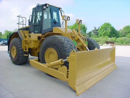 Used and New Wheel bulldozers For Sale - MachineryZone